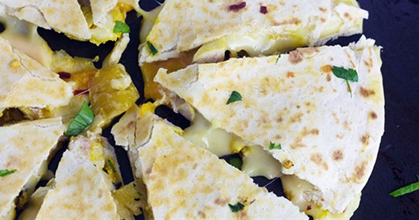 Grilled Pineapple and Chicken Quesadillas With Spicy Mayonnaise