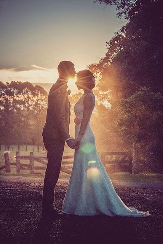 10 Unique Wedding Photos Ideas That You Would Want To Steal
