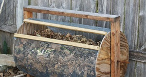 12 Useful DIY Compost Bin Tutorials To Make Your Own Compost