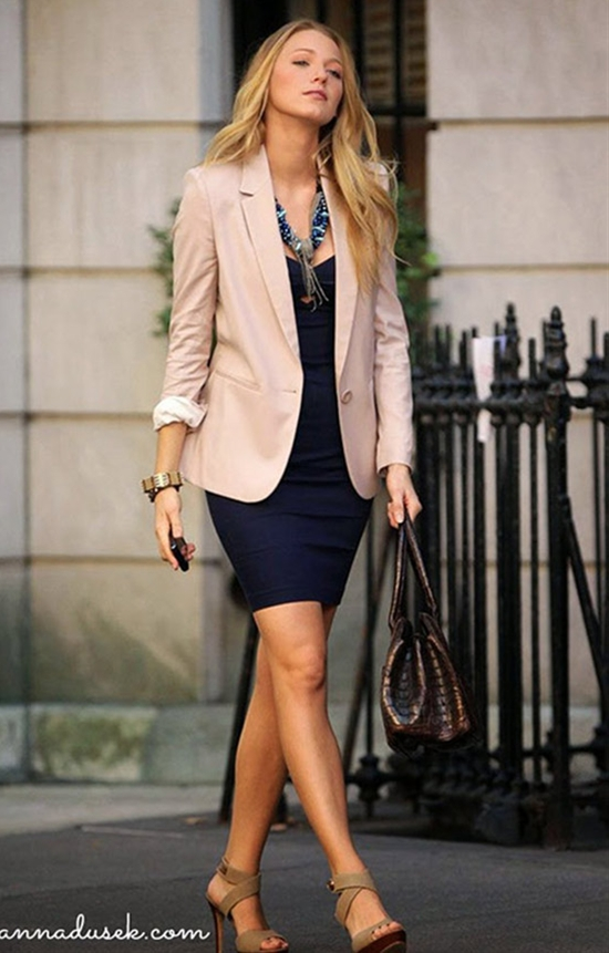 8 Outfit Ideas To Wear for Everyday of the Week