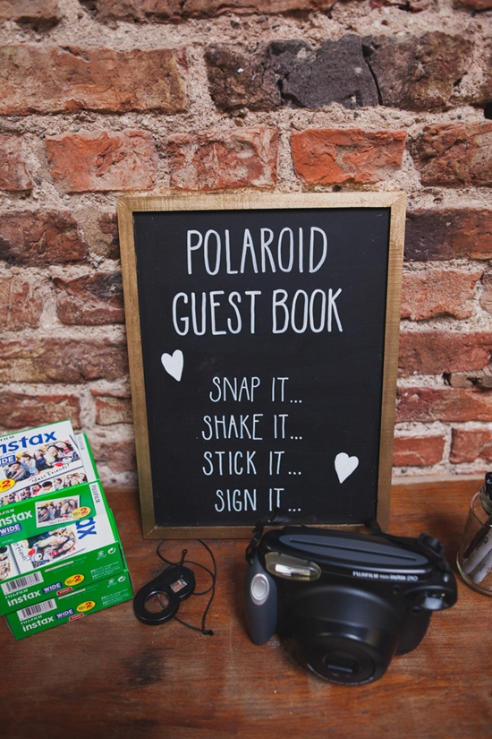 7 Creative Wedding Guestbook Ideas