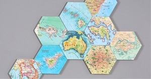 15 Clever Decorations and Crafts Using Maps
