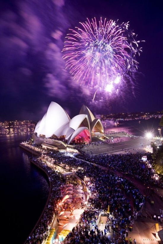 16 Amazing Locations To Watch New Year's Eve Fireworks