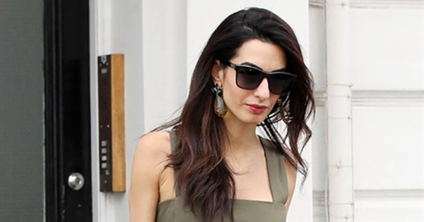 25 Chic and Stylish Amal Clooney Outfits