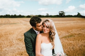 Pretty English Wedding with Gorgeous Meadow Portraits