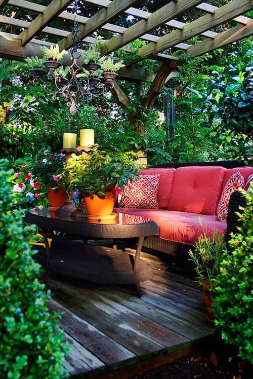 Outdoor Space under a pergola. what a design