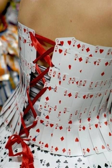 Amazing Queen of Hearts costume idea made from Playing Cards! One of the coolest and most creative DIY costumes I have ever seen!