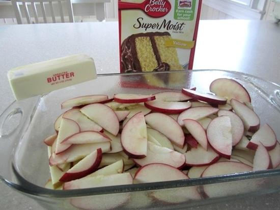 Apple Dump Cake - Spread sliced fruit on bottom of 9x13, spread cake ...
