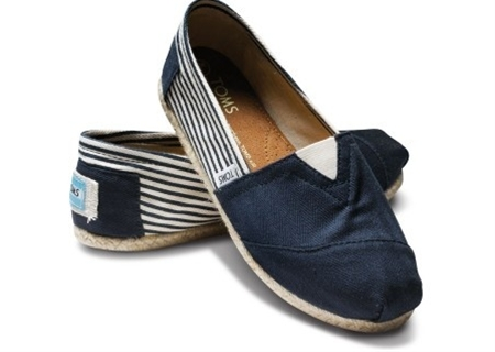 My newest TOMS :)