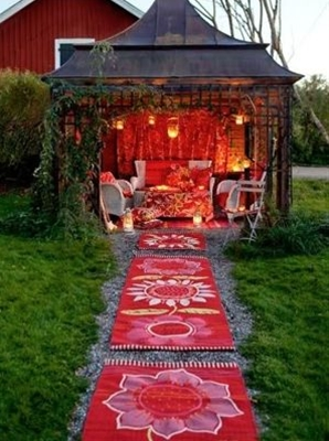 The home owners into creating this space. Divine! bohemian garden