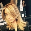 Sarah Hyland Goes Blonde