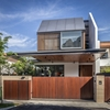 Semi-Detached House in Singapore Interacting with the Surrounding Site