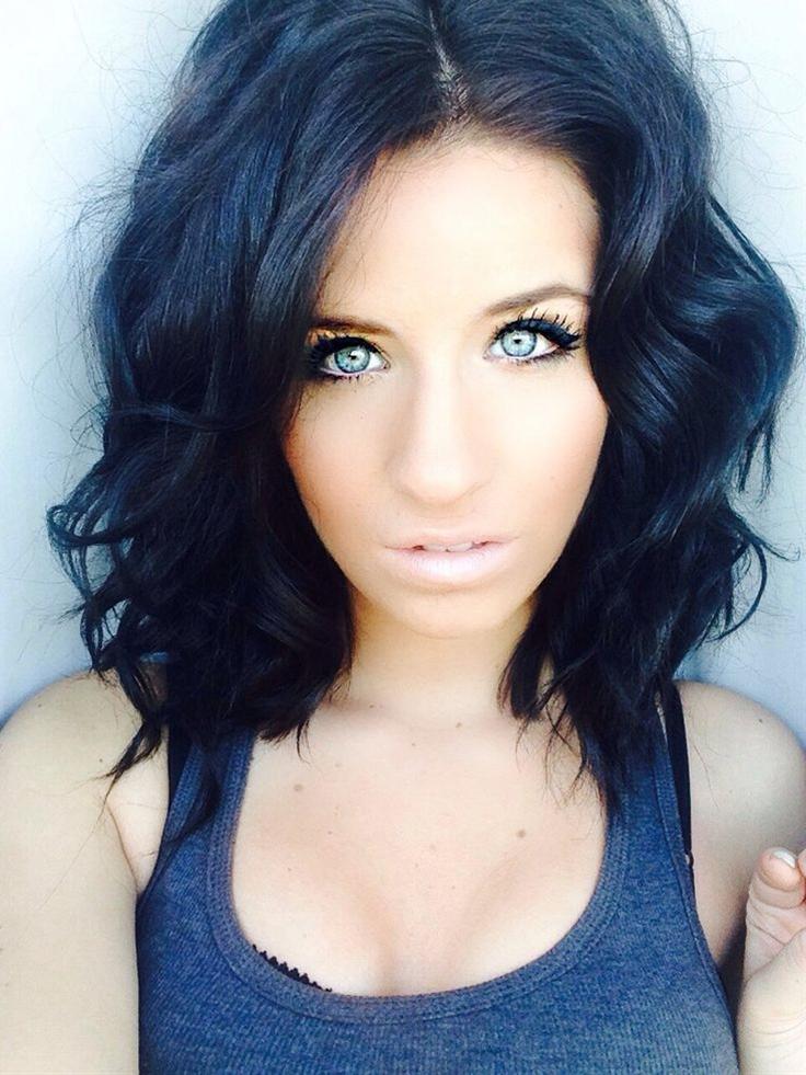 Pretty Hairstyles for Black Hair: Medium Curls