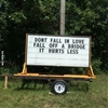 The sign knows it well. #9gag