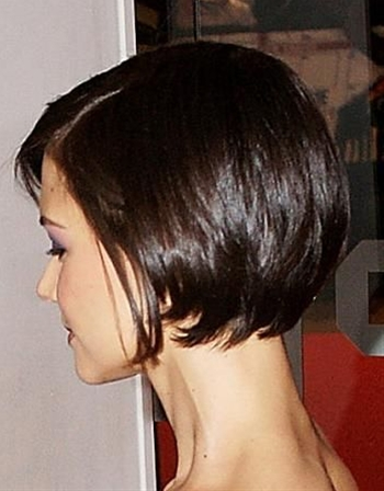 Bobs have always been quite the hot favorite among celebrities and runway stars! So here is a list of the most popular bob hairstyles.
