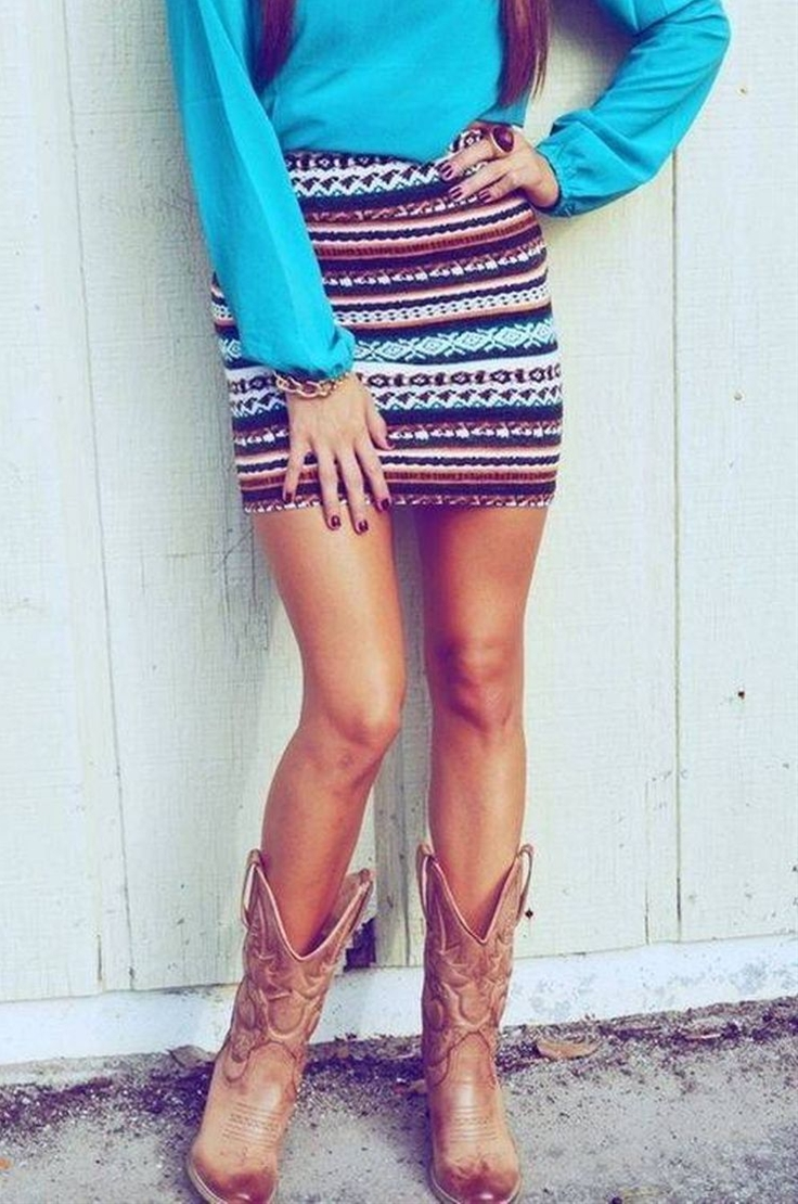 always liked the cowboy style, but here also noticed the beautiful skirt