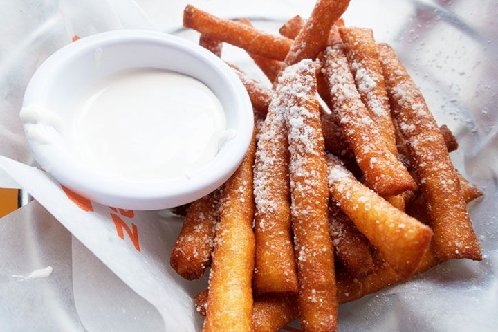A few weeks ago I posted a picture of these Funnel Cake Fries on Facebook and Instagram. The picture is from one of our local restaurants, butI got SO many requests for the recipe that I HAD to try to replicate these at home for you guys!! :) Here's how mine turned out. The flavor [...]