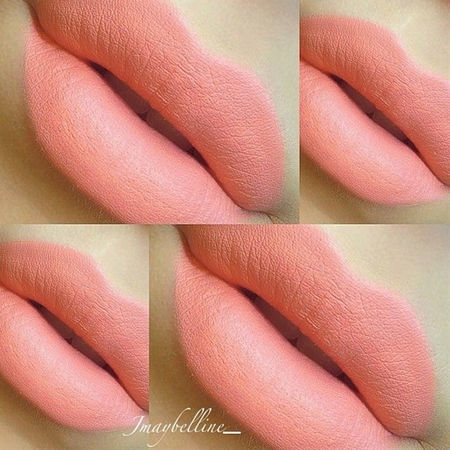 Coral lipstick from the Make Up Forever Flash Palette. Pretty color
