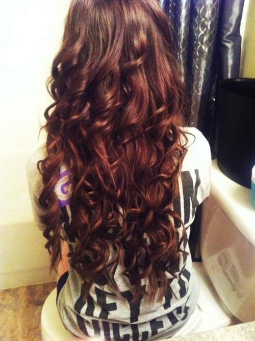 I need this hair. I'm so tired of medium hair.I need long hair again!