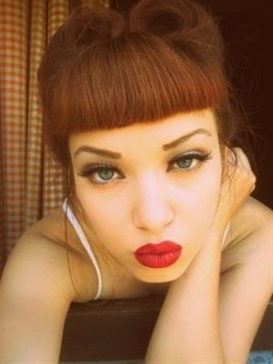 pin up make up
