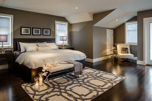 Love this room! Floor is great also. Do you know the make/type as well?