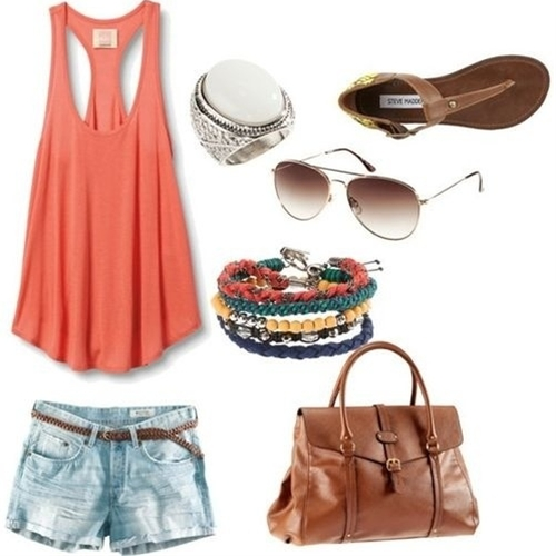 Coral casual summer outfit. When is summer going to get here?!