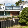 New Zealand Residence Alternating Open and Enclosed Spaces: Freeman's Bay Home