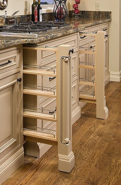 Looking for custom kitchen cabinets in the Washington, DC metro area Featuring the latest designs from Jay Rambo Company and Dura Supreme, Signature Kitchens, Additions & Baths can build and install custom kitchen cabinetry for any kitchen.