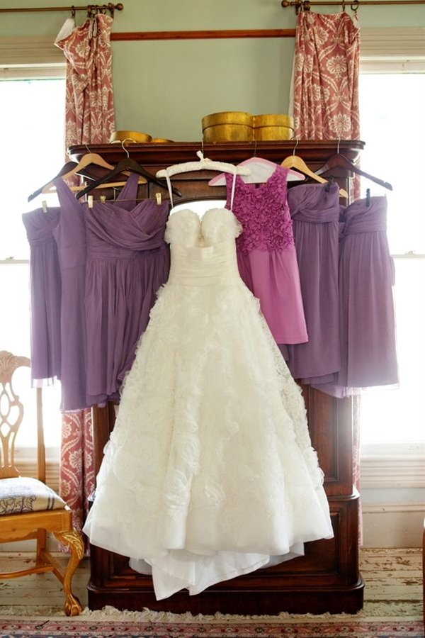 Take a picture of all the dresses in the bridal party. Pretty good idea.