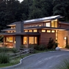 Imposing Zero-Energy Family House in Oregon, USA: Skyline Residence