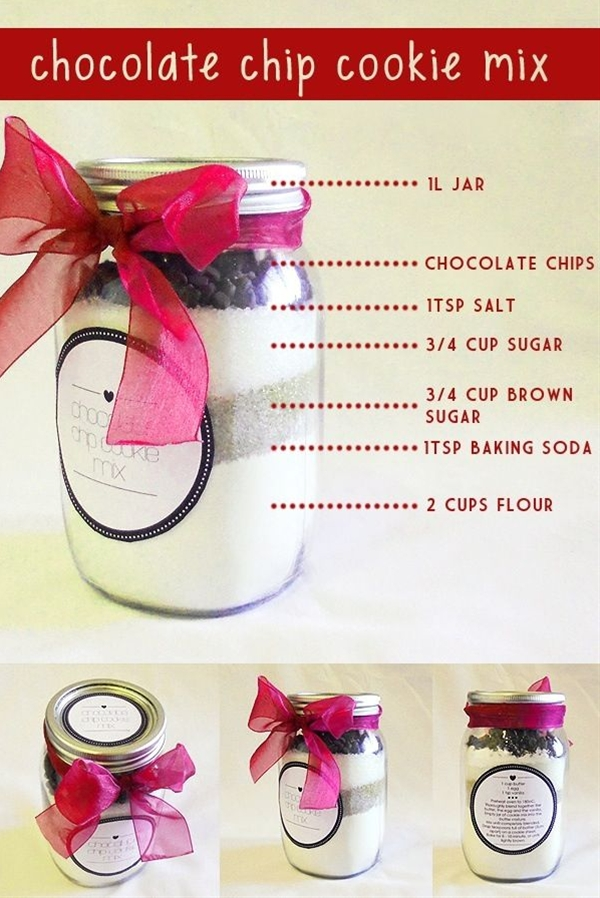 A great gift idea using mason jars! Fill a mason jar with all the ingredients needed to make chocolate chip cookies.
