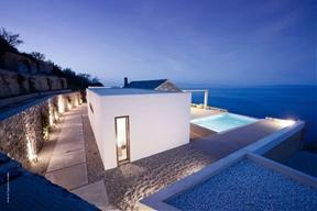 Minimalist Residence in Greece Taking In Endless Sea Views: Villa Melana