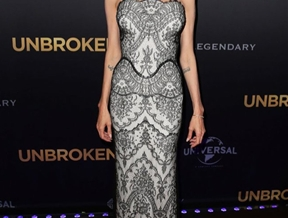 """Angelina Jolie Stuns in Gucci Lace at """"Unbroken"""" Sydney Premiere"""