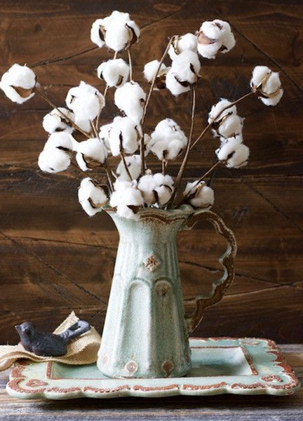 Cotton Bundles, the perfect farmhouse decor! Southern style!