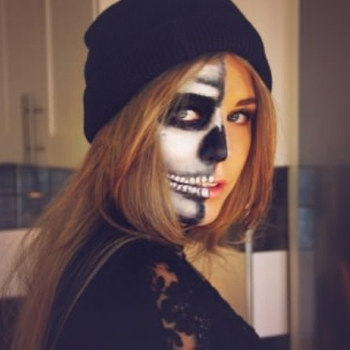 Skull candy makeup