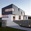Alma-nac skews upper level of Split House to capture best view of the sea