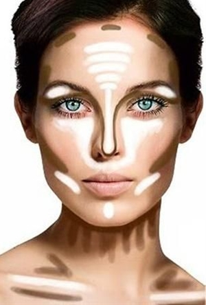 Gather your regular make-up, but make sure you have a shadow or bronzer a few shades darker than your natural skin color, and a shimmering white highlight shadow. These will be your contouring shades.
