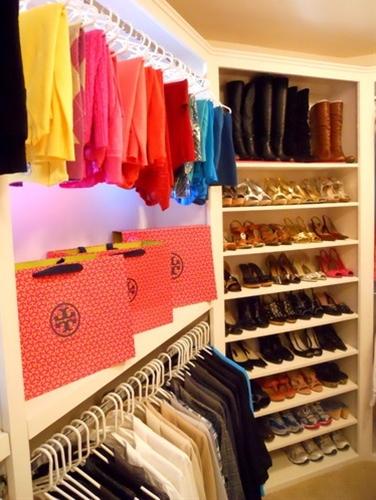 Closet modern closet