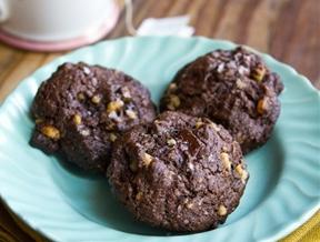 Recipe: Dark Chocolate Walnut Cookies — Dessert Recipes from The Kitchn