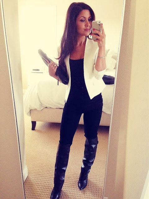 This is sooo cute to go out on a cold day... knee high boots for days!