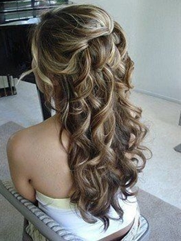 pretty sure I'm doing some form of this for my wedding day hair -