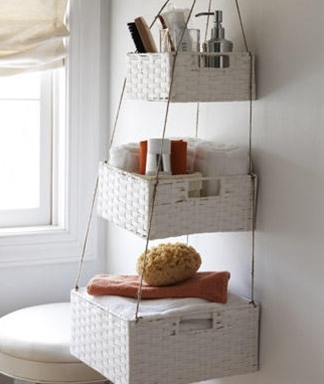 Hanging nesting baskets for the bathroom. #diy, #bathroom, #crafts