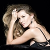 Gisele Bundchen Behind the Scenes at Upcoming Vivara Jewelry Ad