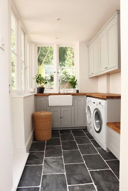 Inspiration for decoration, love the rectangular tiles