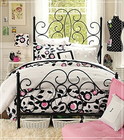 Sweet girls bedroom.