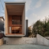Family Living Inside Suspended Cantilevered Volume: Fly Out House in Japan