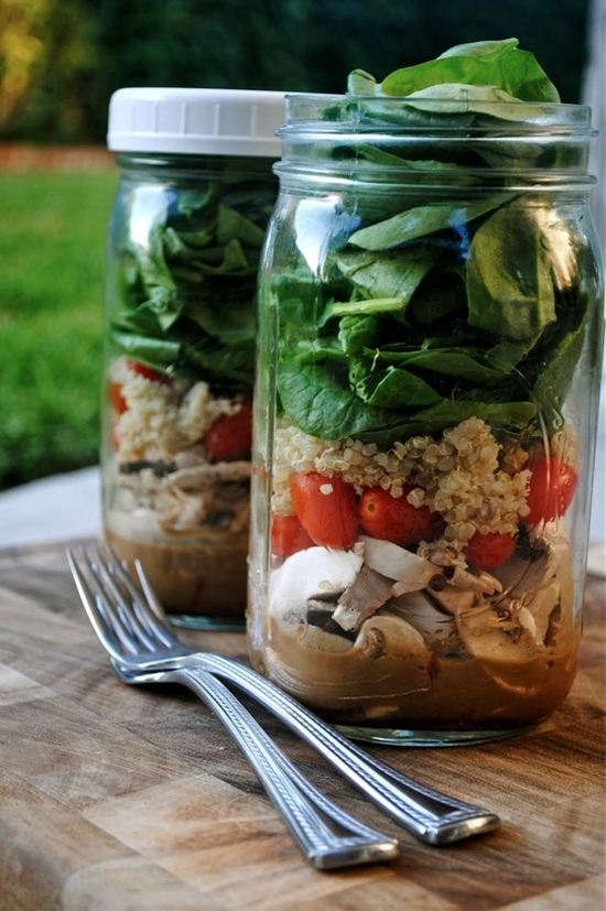 Simple way to take a yummy salad to work for lunch every day