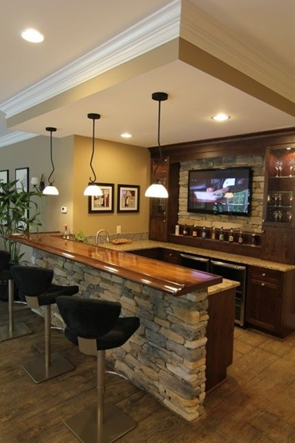 Basement Bar, i am in love with stone!
