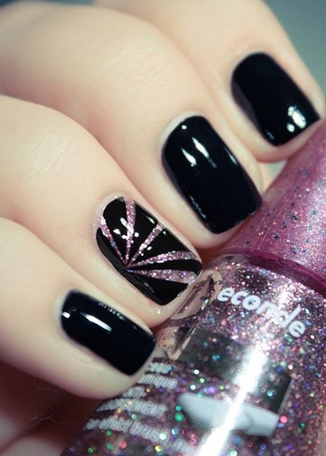 There are some beautiful & Unusual nails the everyone should try