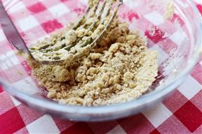 PB&J Streusel Muffins by Ree